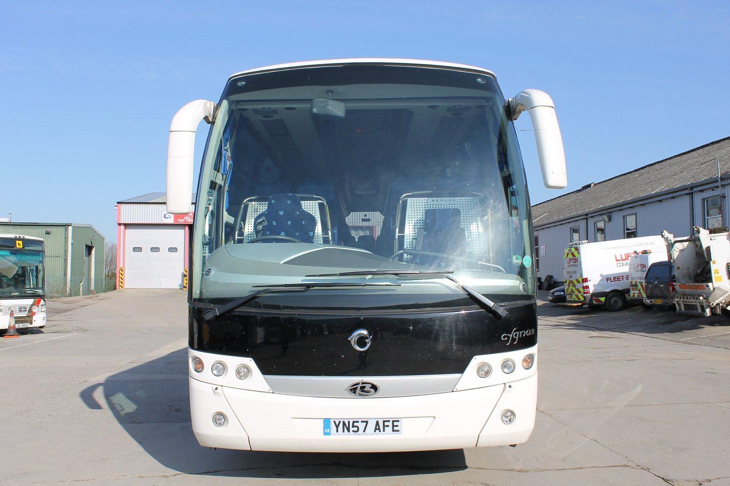 07 Irisbus C45 Beulas Cygnus 53 Seats Hills Coaches