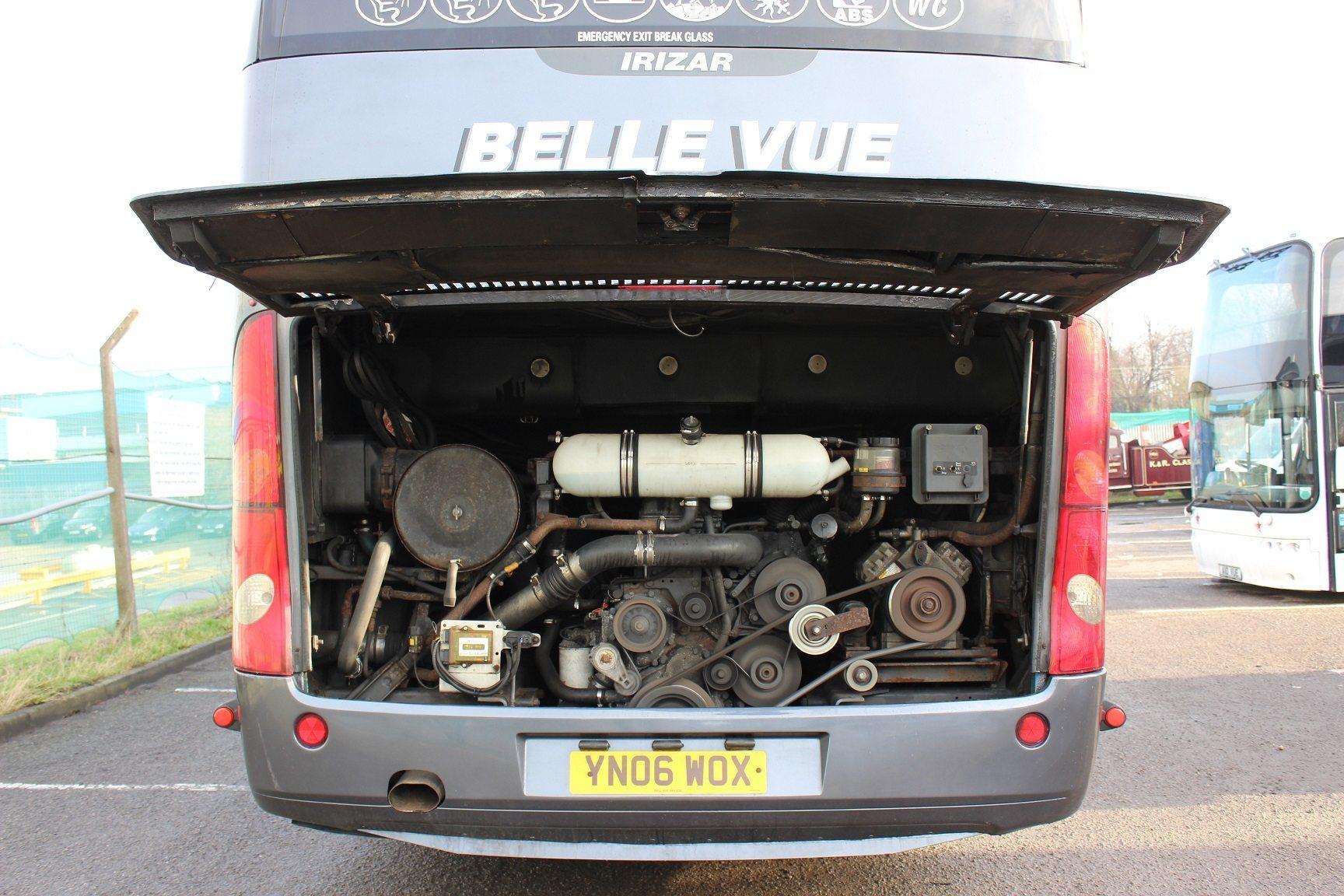 06 Scania K124 Eb6 Irizar Team Coach Hills Coaches