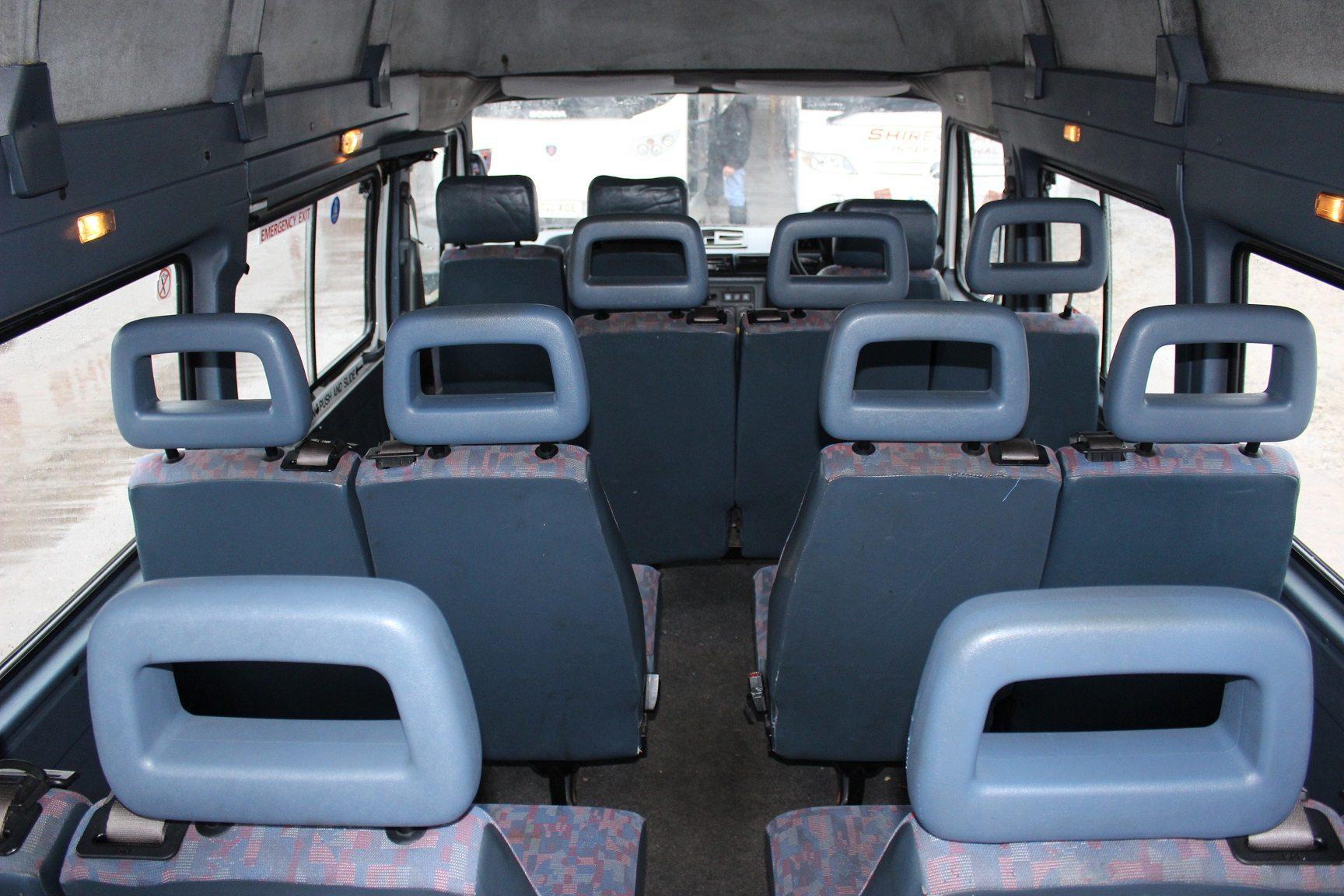 ldv convoy   seats hills coaches
