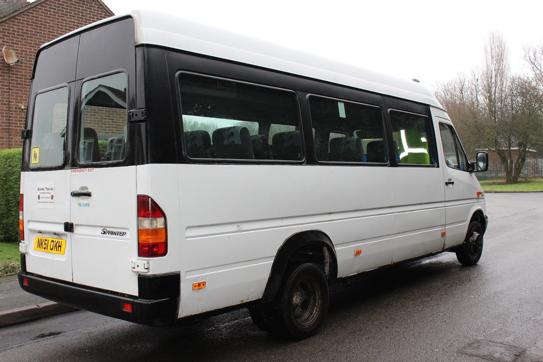 01 mercedes benz sprinter 16 seats hills coaches for Mercedes benz emergency number