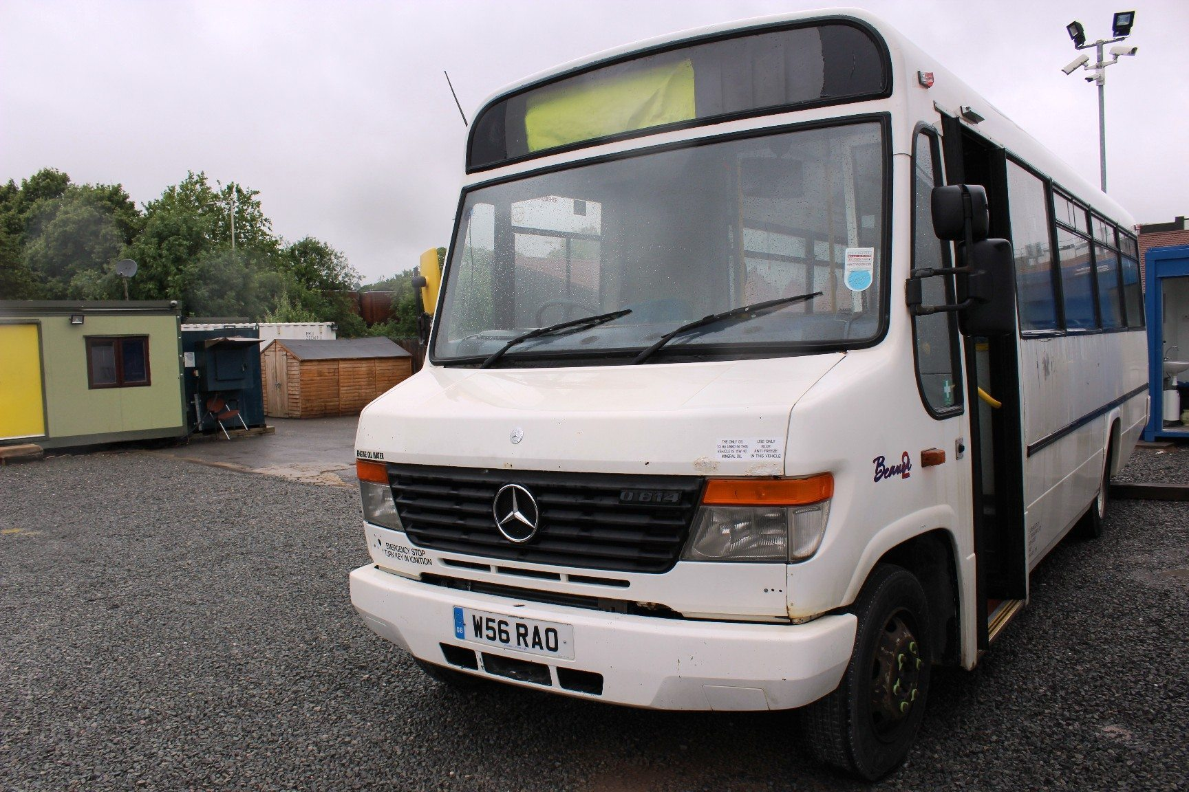 2000 mercedes plaxton beaver 31 sts hills coaches for Mercedes benz emergency number