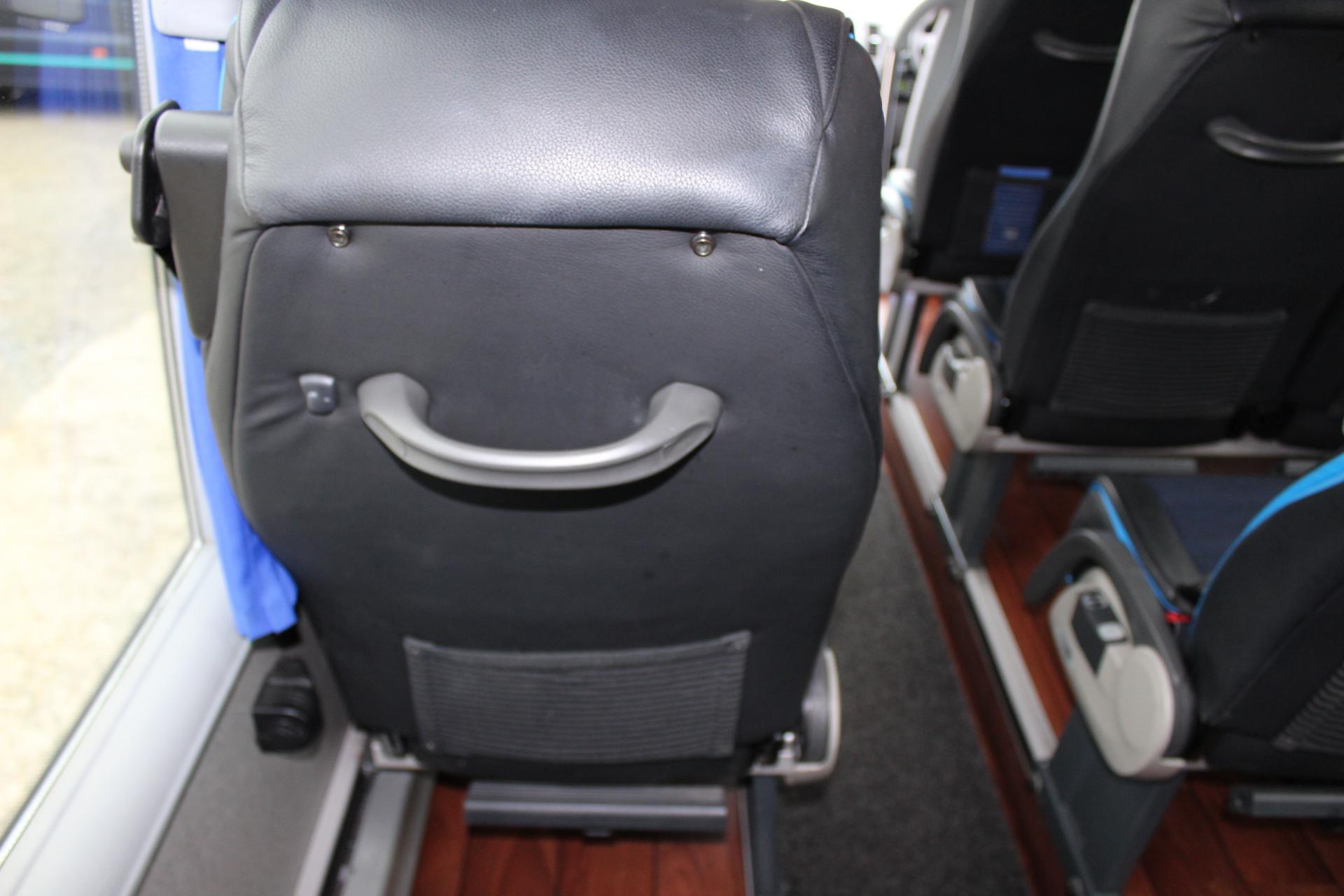 2015 Mercedes 516 Cdi Ferqui Sorocco 16 Seats Hills Coaches