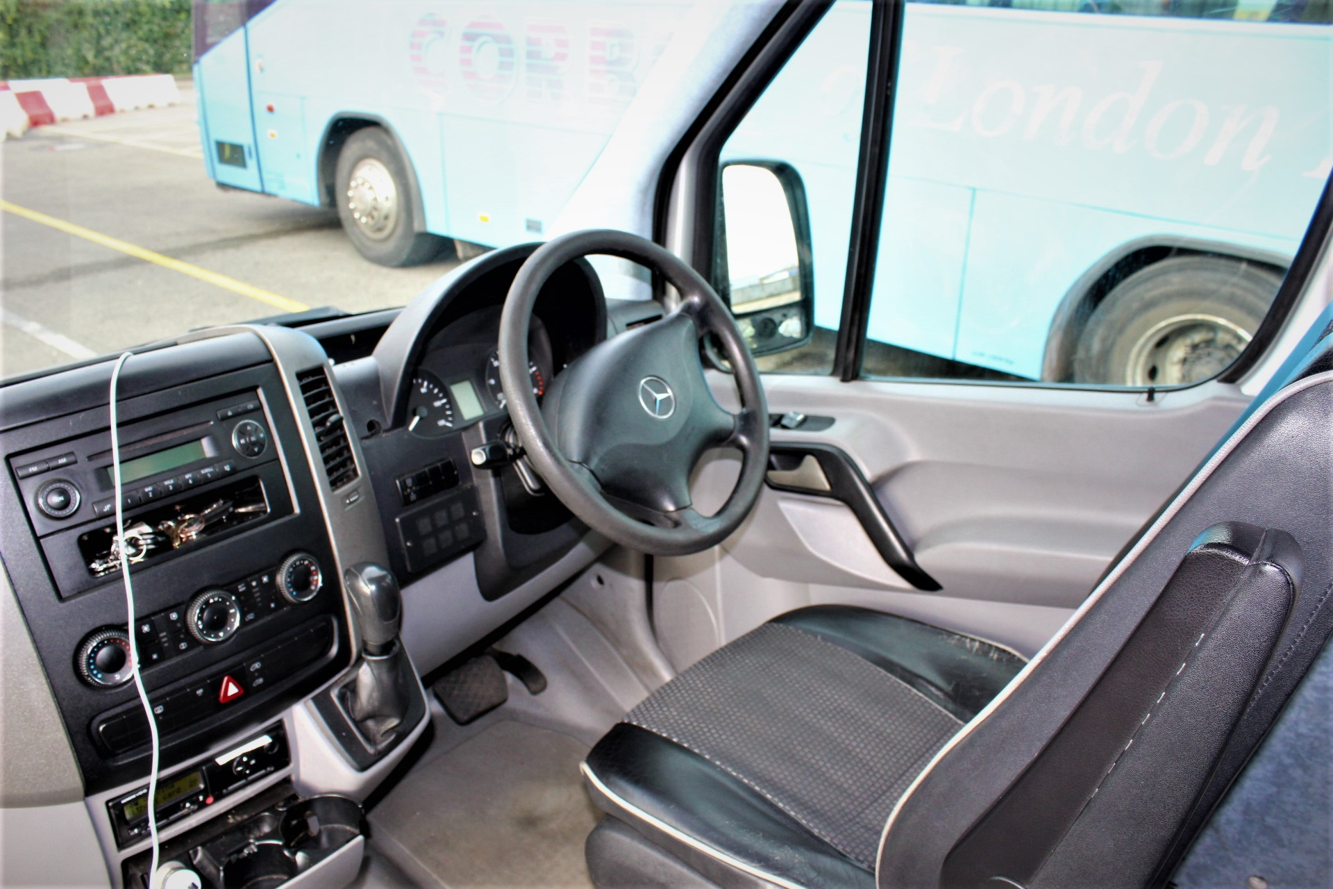 2008 Mercedes Benz Kvc Conversion 16 Seats Hills Coaches